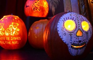 15 Awesome Hippie Halloween Pumpkins