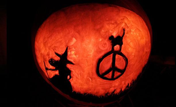 peace witch pumpkin