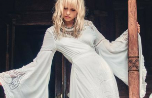 These Bohemian Wedding Dresses Will Make You Want to Get Married Even in the Winter!